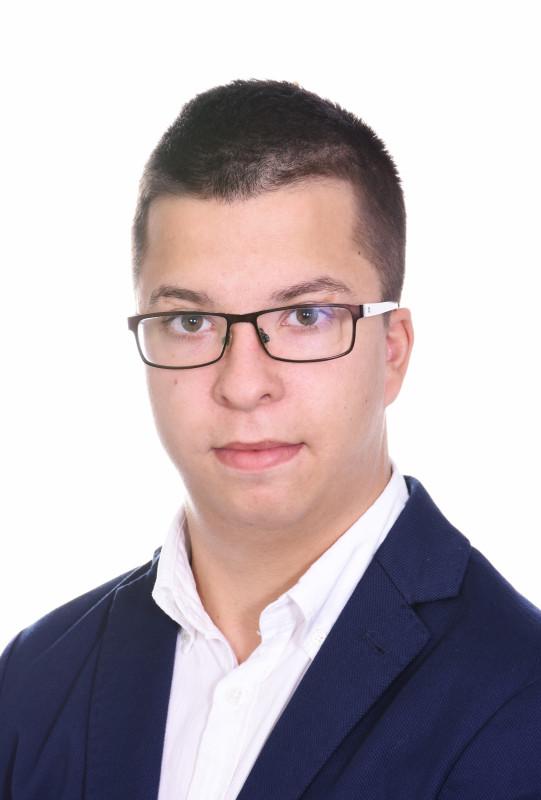 Tóth Adrián