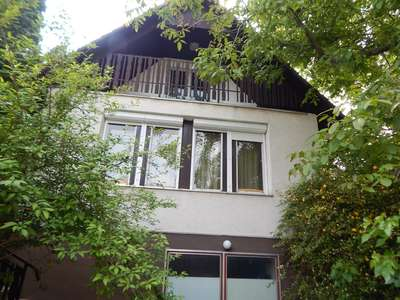 Eladó családi ház - Balatonkenese / 1. kép