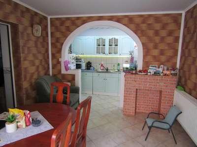 Eladó családi ház - Csepreg / 1. kép