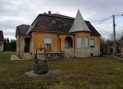 Eladó családi ház - Bodajk / 1. kép