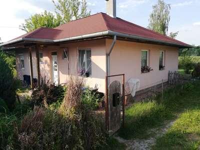 Eladó családi ház -  / 1. kép